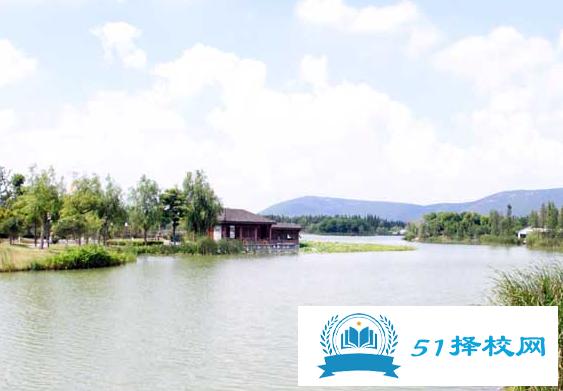 黄山旅游管理学校2020年招生办联系电话